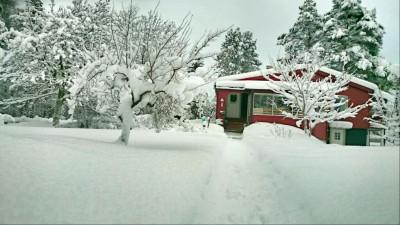 Hus i snö